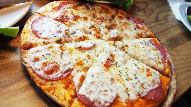 pizza-1202775_640