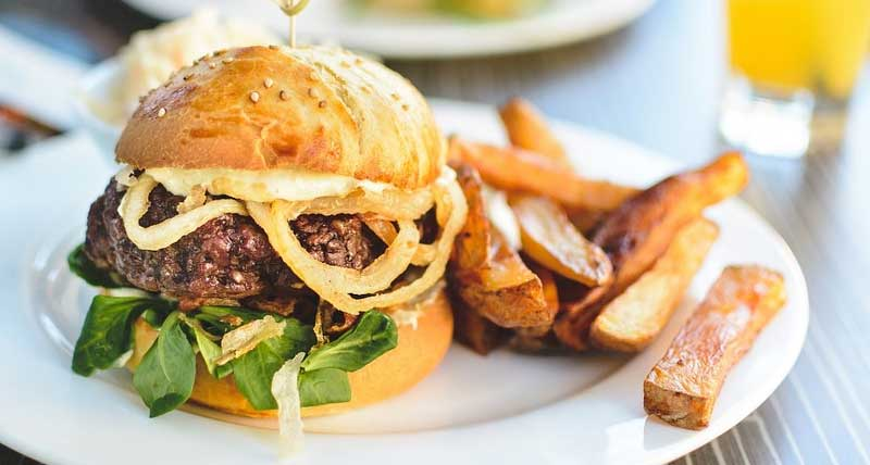 healthy-burger-with-baked-fries